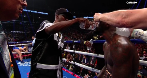 Fury moves way too fast for Wilder