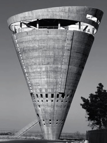 Grand Central Water Tower, Midrand, Afrique du Sud, 1996.