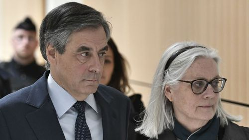 "Affaire Fillon : l'ex-procureur national financier dit avoir subi ""des pressions"""